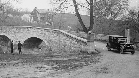 Lincoln at Burnside bridge. Photograph by the Ford Motor Co., 1910 - 1926 [Library of Congress]